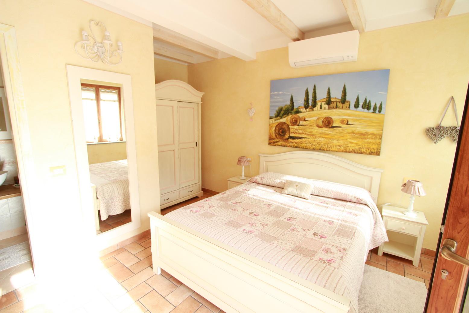 Tramonto Room Le Colline di Bana B&B 6