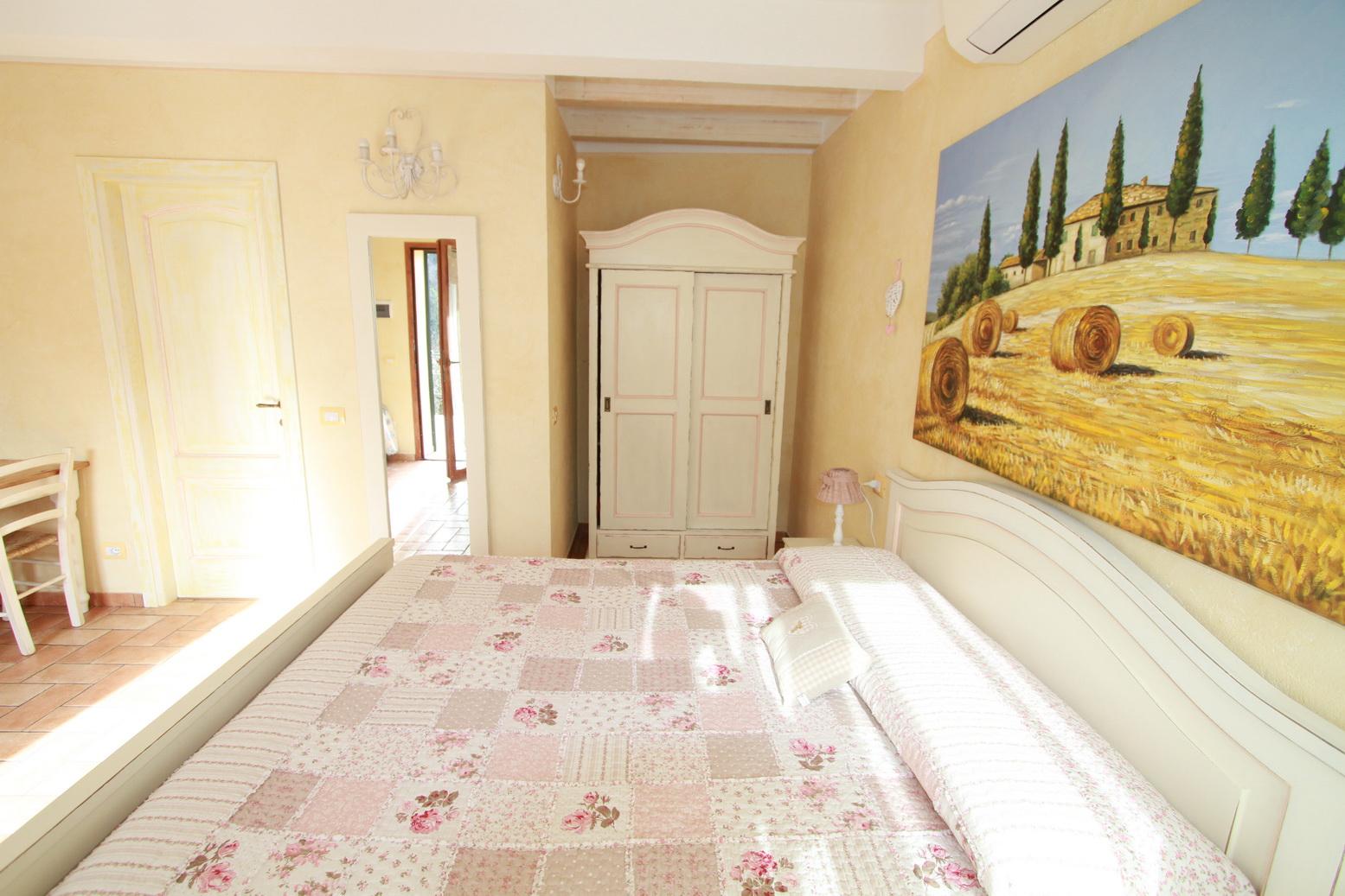 Tramonto Room Le Colline di Bana B&B 4