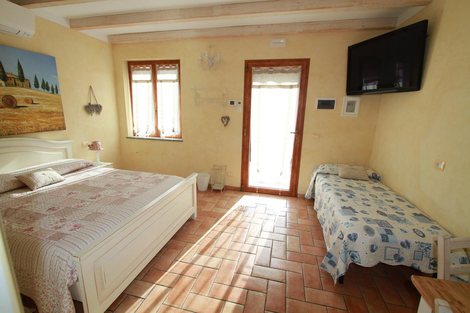 Tramonto Room Le Colline di Bana B&B 21