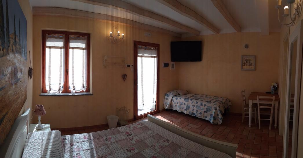 Tramonto Room Le Colline di Bana B&B 13
